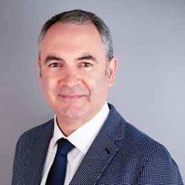 Richard Martinez – Technology Editor